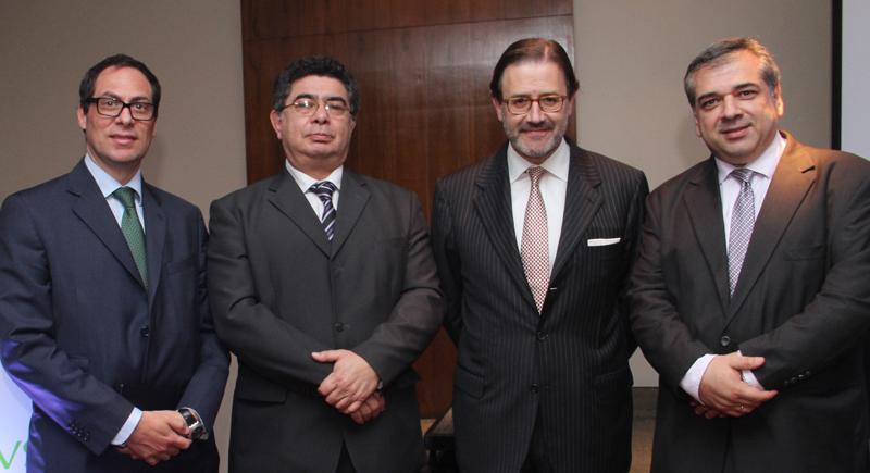 De izquierda a derecha: Pablo Abiad, Hugo Vigray, José Antonio Llorente y Pascual Rubiani