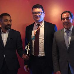 Prêmio Financial Communications peque