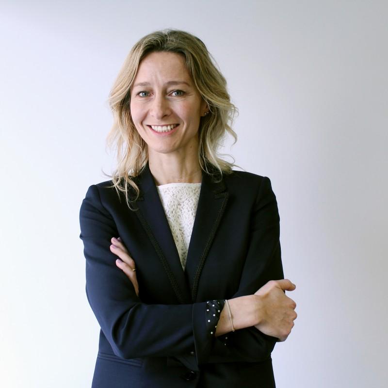 Carmen Gómez Menor, Directora Senior de la Dirección Corporativa
